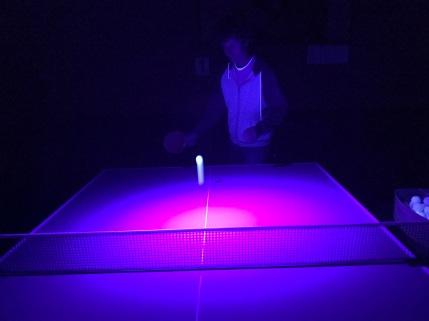 Mark-glowpong